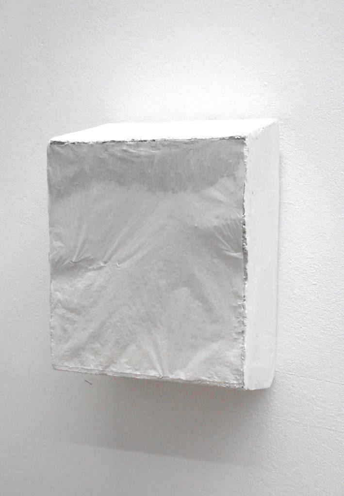 4.0 untitled, styrofoam, plaster, 45x30x20 cm, 2008, Sophia Solaris